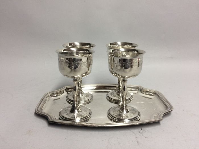 4 silver plated wine goblets on a silver plated tray, England, ca 1945