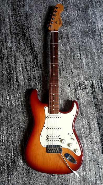 Fender Stratocaster 2010 HSS Made in USA Sienna burst