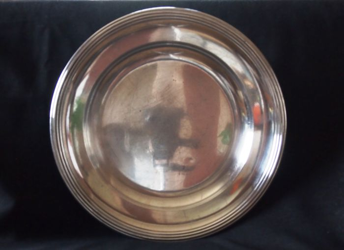 Presentation dish, silver plated metal with decorative border, from Christofle
