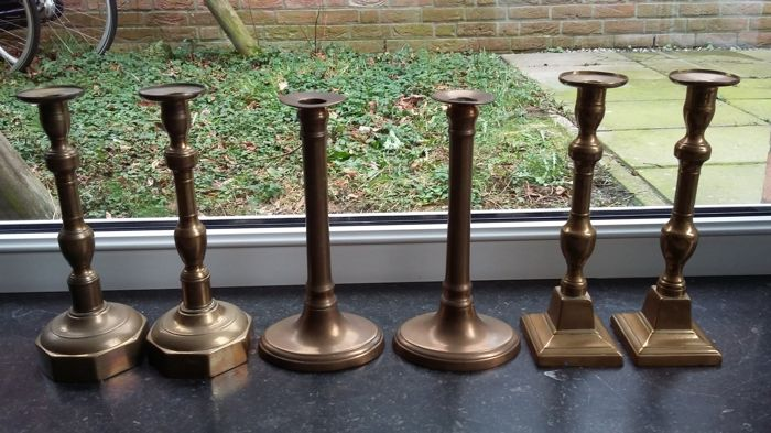 3 pairs of brass candlesticks - Flanders / England - Ca. 1850