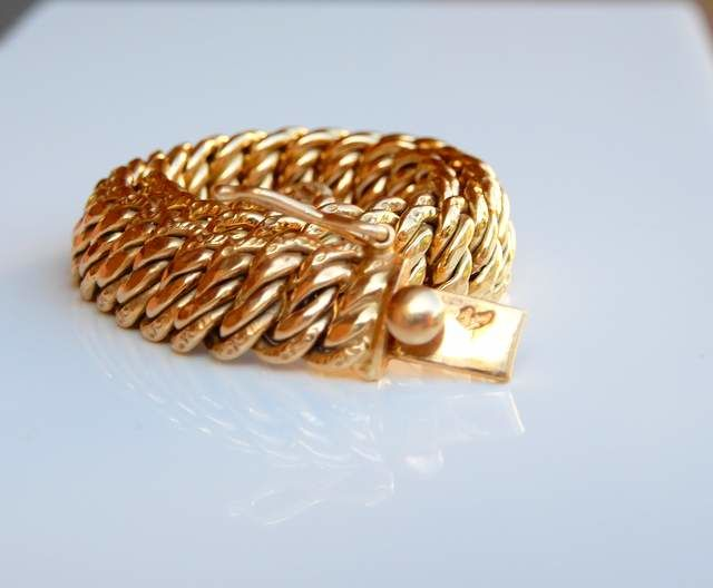 Beautiful bracelet in perfect condition, all in 18 kt gold, length 17.50 cm, weight 10.44 g