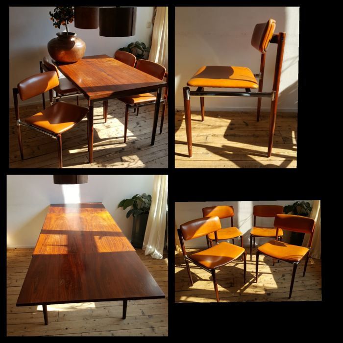 Topform - 4 chairs with a table