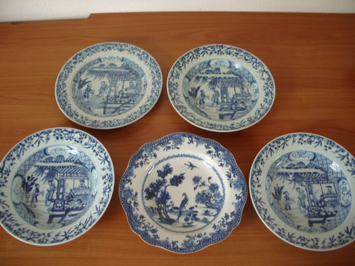 5 plates, blue and white porcelain - Chinese - 18th century