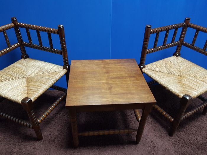 Oak old corner chairs with rush seats and matching table, Dutch, second half 20th century