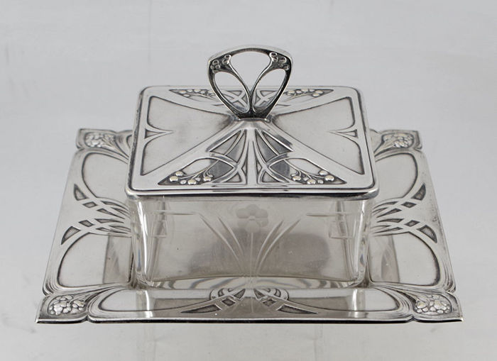 WMF - Art Nouveau silverplated botervloot