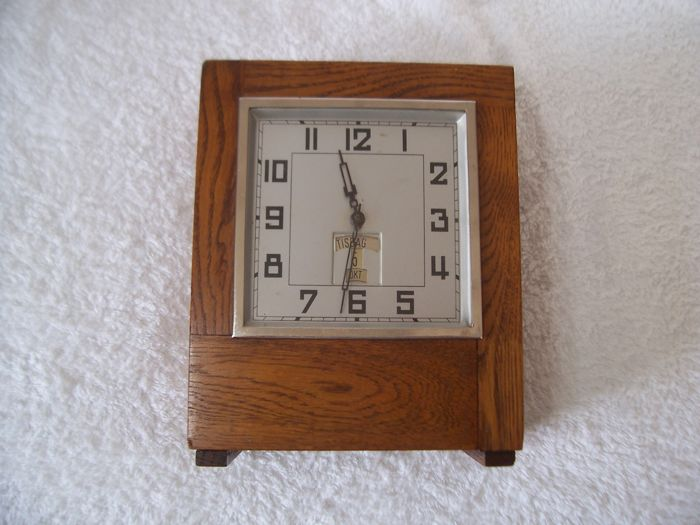 Mechanical clock with moneybox - sparuret - manual winding with alarm function