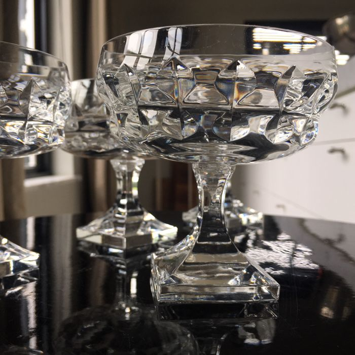 set of 4, very heavy (average 400 g), Square based CHAMPAGNE glasses, goblets with teardrop cut. High Quality lead crystal, Vintage Barware.