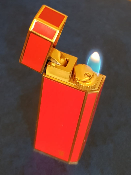 Cartier lighter laque, gold-plated, after 2000