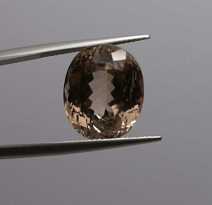 1 pcs rosa marrone Tormalina - 18.74 ct