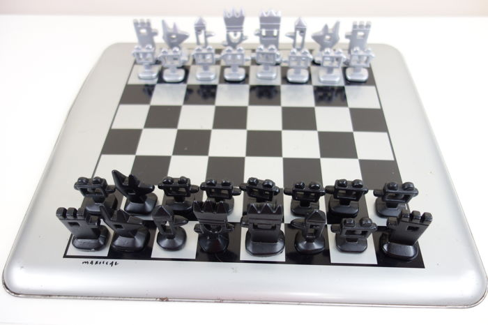 Chess - Javier Mariscal design