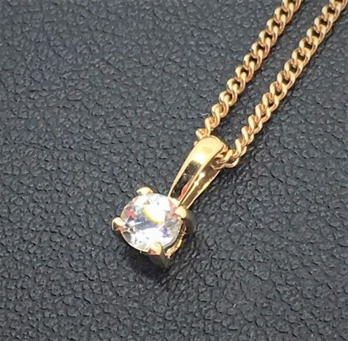 New 18 kt gold necklace and white sapphire pendant chain length new 18 kt gold necklace and white sapphire pendant chain length 44 cm mozeypictures Image collections