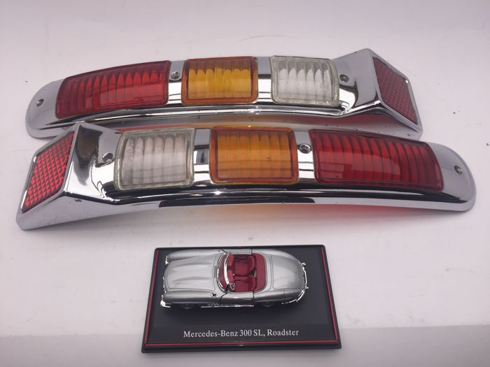 Pair of taillights for Mercedes-Benz 300 SL (W198)