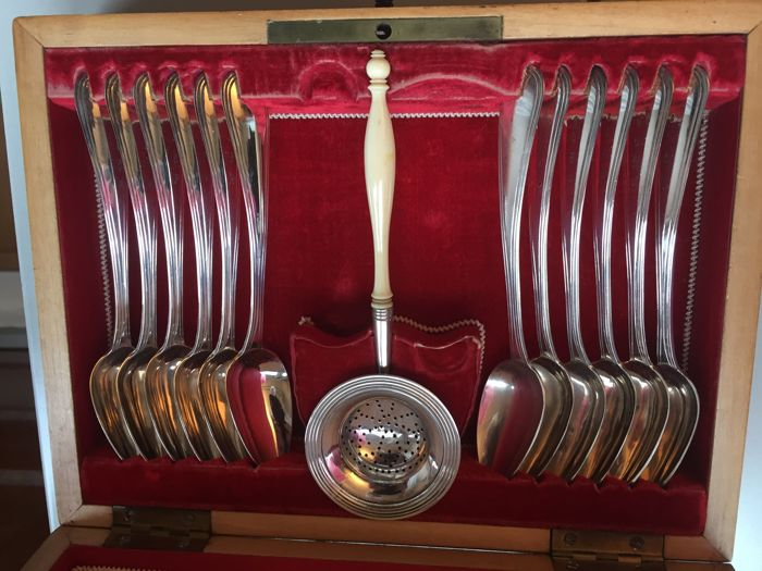 Antique box with 12 silver spoons and caster, W.H. Woortman, Amsterdam, 1863