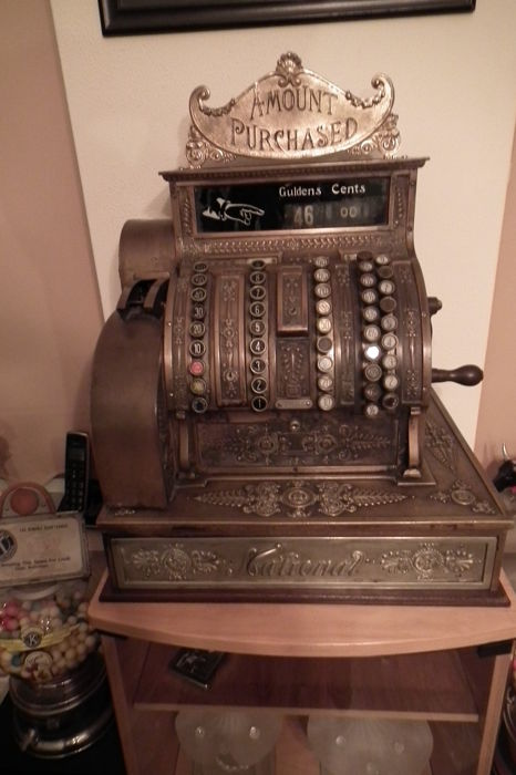 Bronze National cash register for the Dutch market - beautifully decorated - ca. 1900
