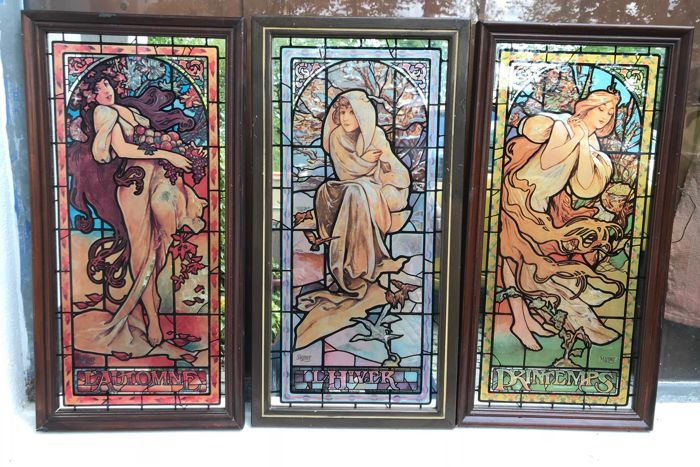 The four seasons (frame with mirror)
