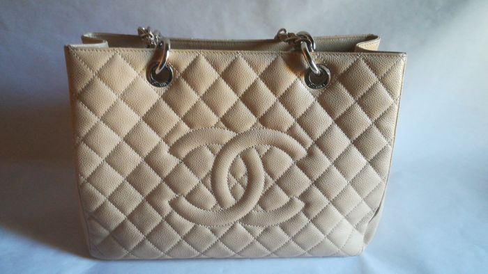 3fc30fc2fd52 Chanel - Grand Shopping Tote Caviar Tote bag - Catawiki