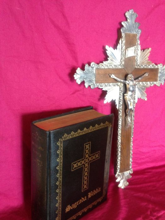 Spiritual book the Holy Bible, with Guaflex and golden cuts and crucifix in metal, 1950