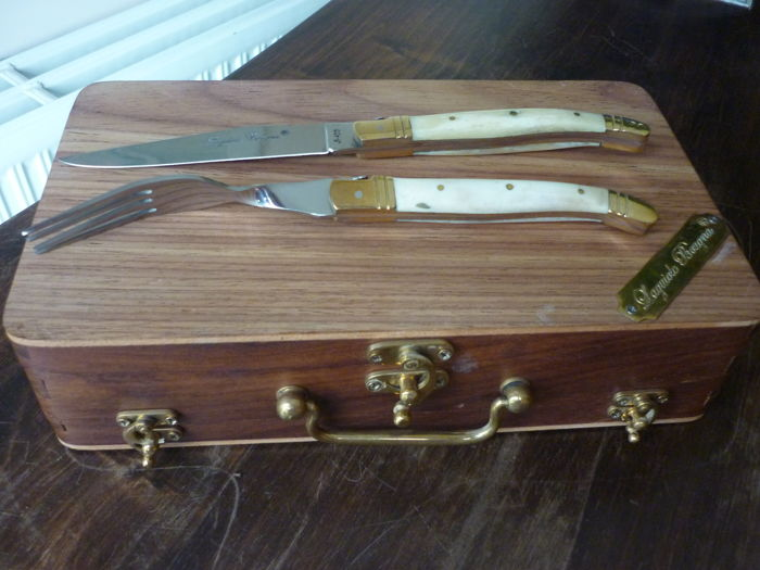 Laguiole Bougna - box with 6 knives and forks - mother of pearl handle