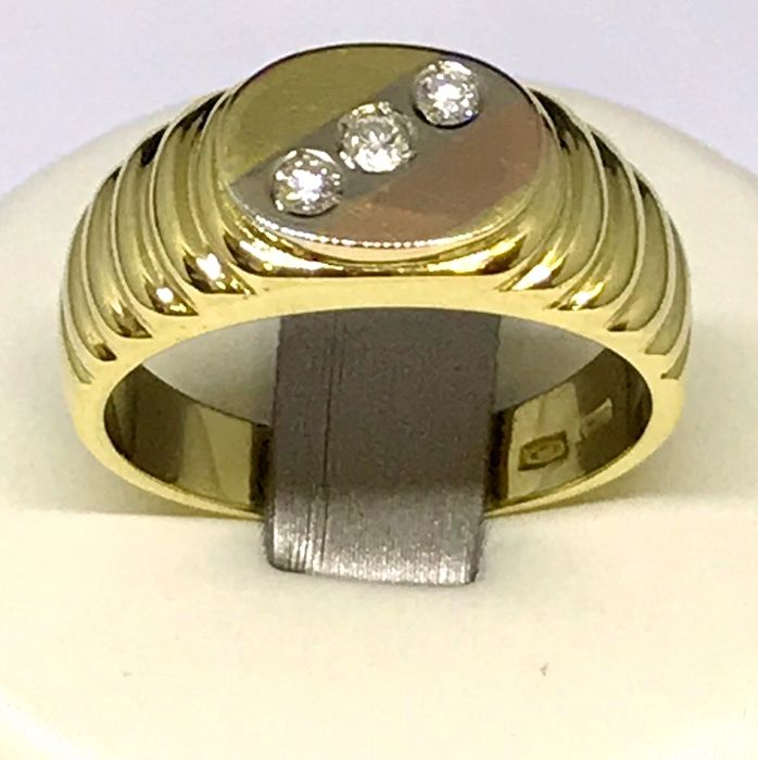 Men's 18 kt yellow gold ring with diamonds, 0.08 ct, H/VS, size 14, weight. 6.68 g
