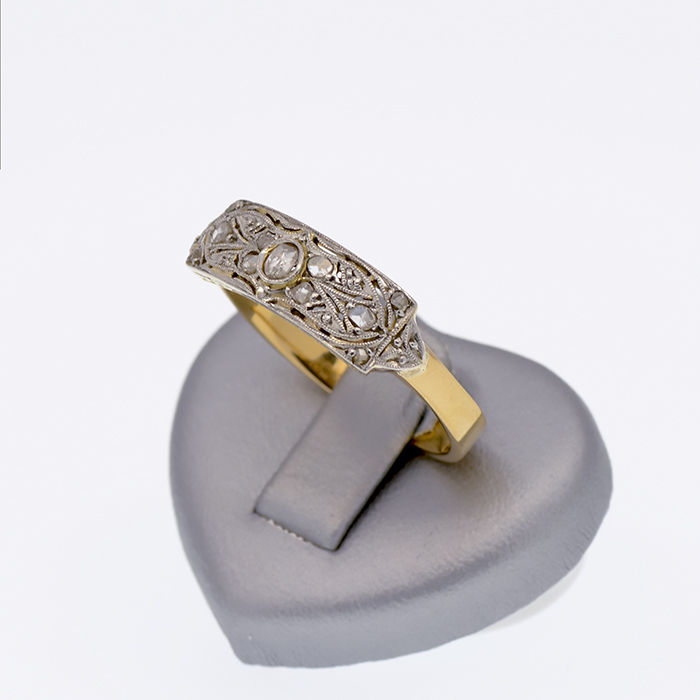 Art Decó ring -  Two-tone gold ring with diamonds