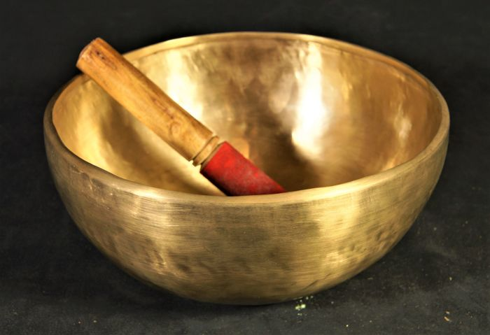 Beautiful singing bowl in bronze - Nepal - early 21st century