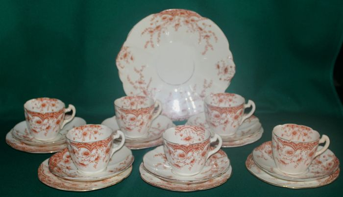 Redfern & Drakeford - 19 pieces - Tea set for 6 'Floral Pattern' - Great Britain - 1892/1896