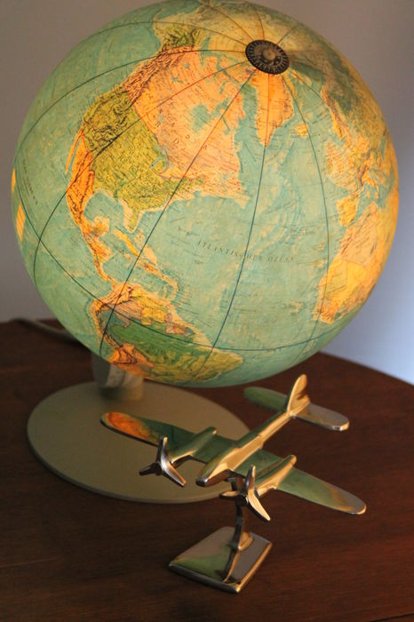 Vintage 1970s - Globe Scan - Globe A/S Denmark, together with an aluminium model airplane