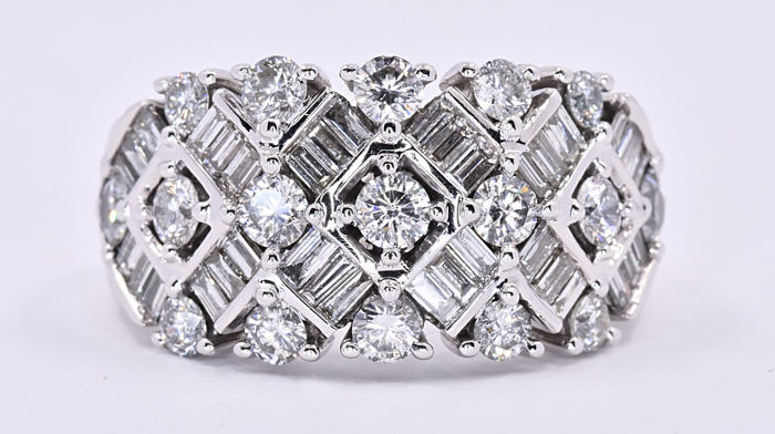 3.05 Ct Diamond designer ring ***NO RESERVE price!***
