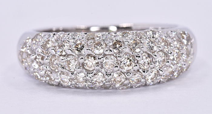 Diamond brilliant band ring ***NO RESERVE price!***