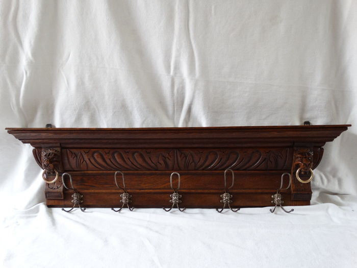 Antique coat rack with Lions' heads and rings - 10 hooks - Oak - the Netherlands - 1900