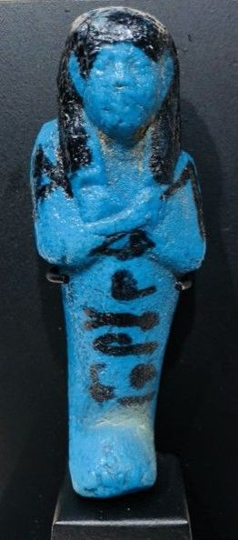 Beautiful cobalt blue shabti of Di(?) -em(?)-Chonsou - H: 7.7 cm without the stand