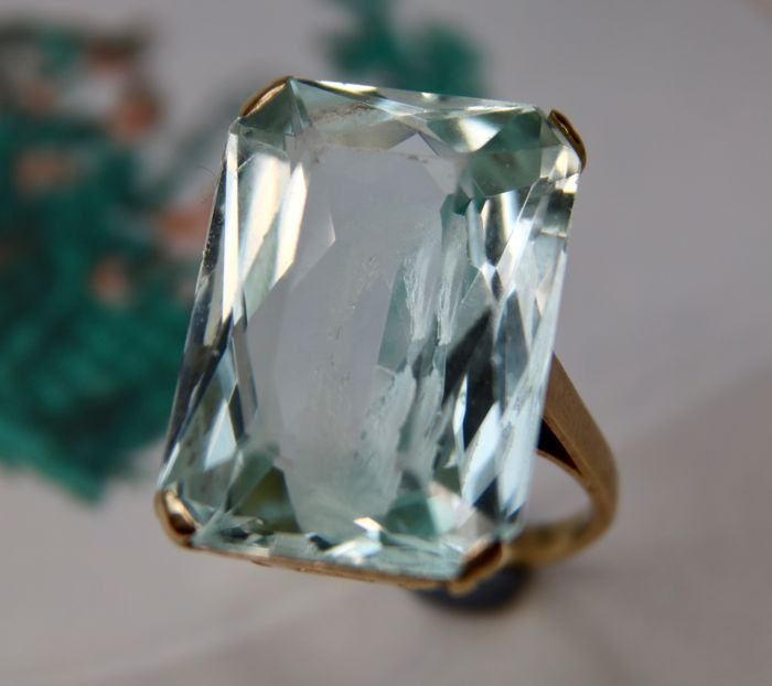 Gold ring 585 with a natural rectangular cut Aquamarine approx. 18 Ct  in open setting