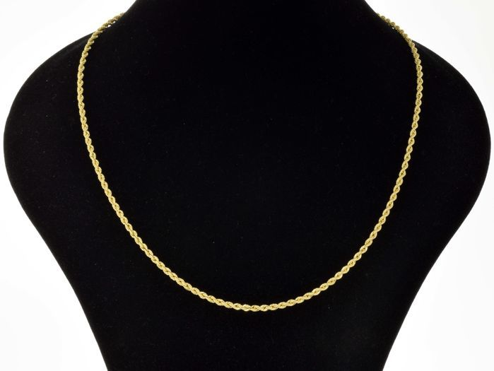 18 kt gold. Necklace. Rope style. Length: 50 cm. Weight: 7 g.