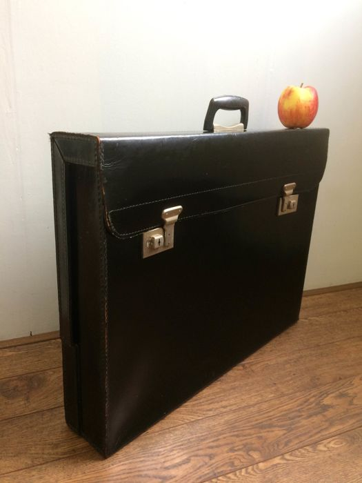 Cheney, large leather portfolio, briefcase, bag