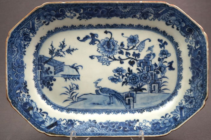Octagonal serving dish with scenery of peacocks in a rocky landscape - China - circa 1770