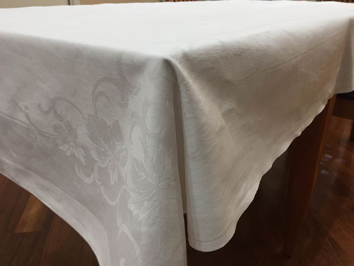 Prestigious Embroidered White Cotton Tablecloth.