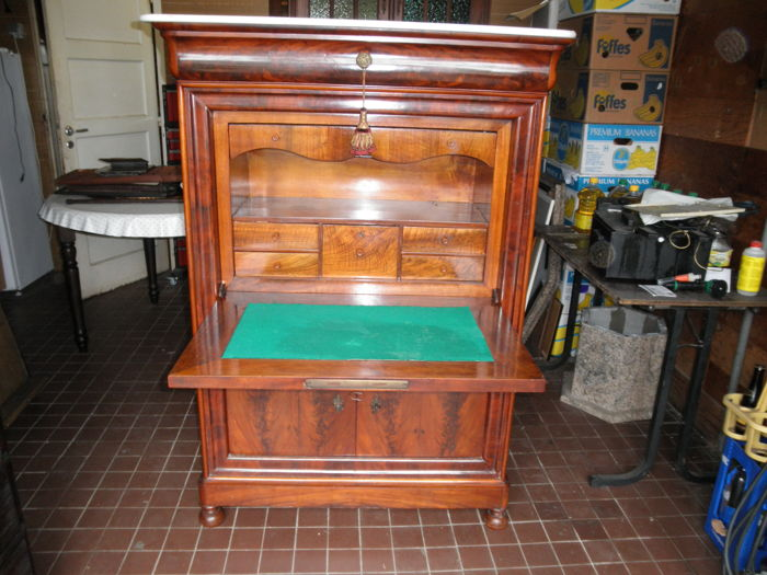 Antique Mahogany Cabinet L. Philip