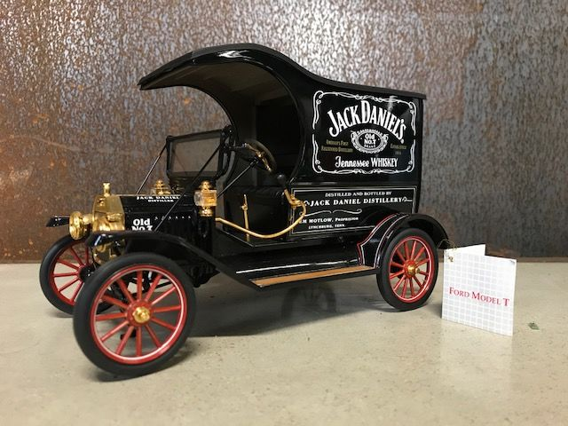 Franklin Mint - Ford T delivery truck Jack Daniel's - 24K gold plated - 1999