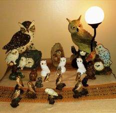Collection of 21 owls