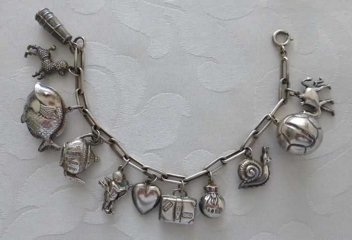 835 Silver Charm Bracelet with 14 large charms - length 20 cm