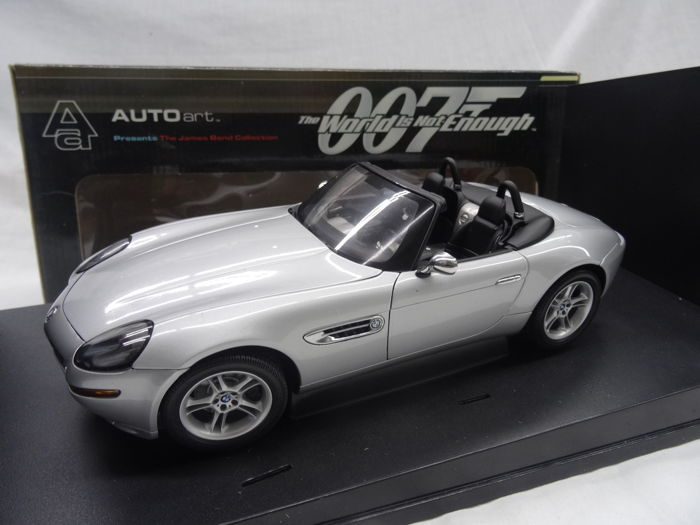 Autoart Scale 118 Bmw Z8 The World Is Not Enough James Bond