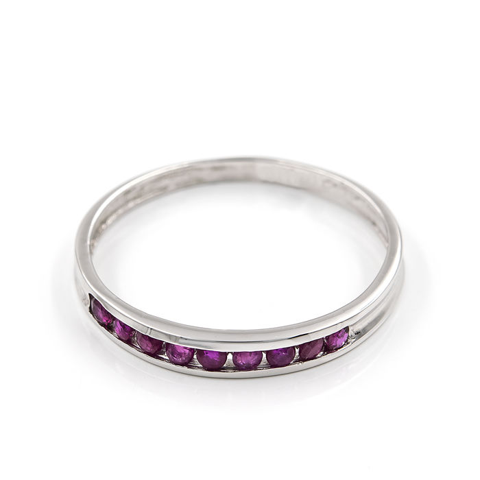18 kt white gold - Cocktail ring - Rubies 0.80 ct - Ring size 15 (Spain)