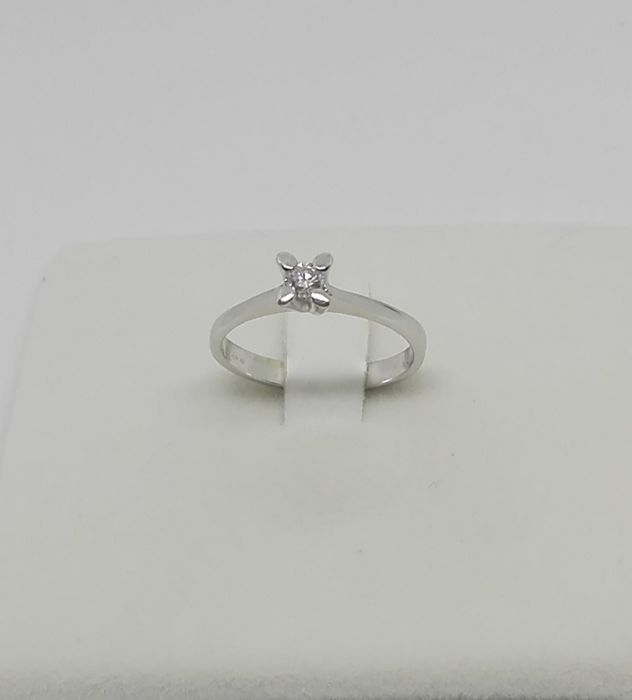 18 kt gold Solitaire ring with 0.30 ct diamond, F/VS 18 mm