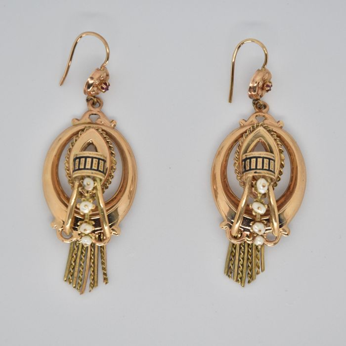 12 kt gold earrings, made in Italy, with freshwater pearls and enamel