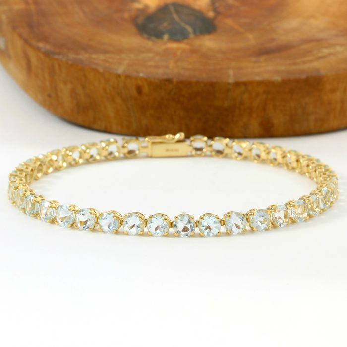 14kt Yellow Gold Tennis Bracelet with 9.50ct Aquamarine - 18.5 cm