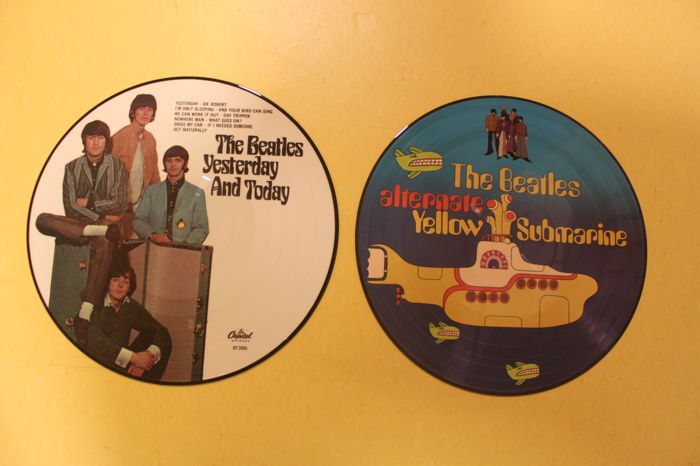 The Beatles - 2 Picture Discs
