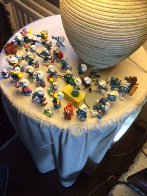 Collection of 70 Smurfs - good condition