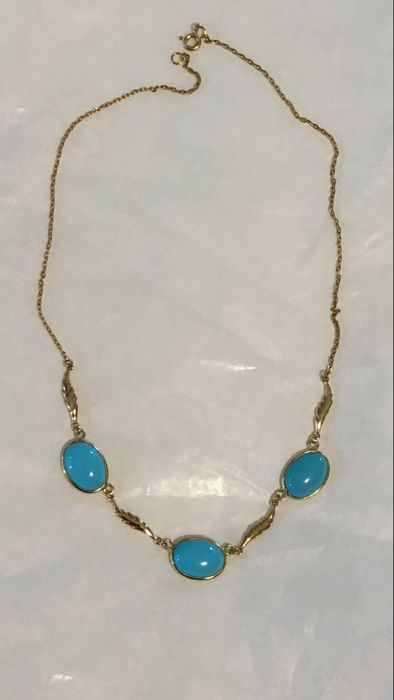 Superb 18 kt gold necklace with natural turquoise