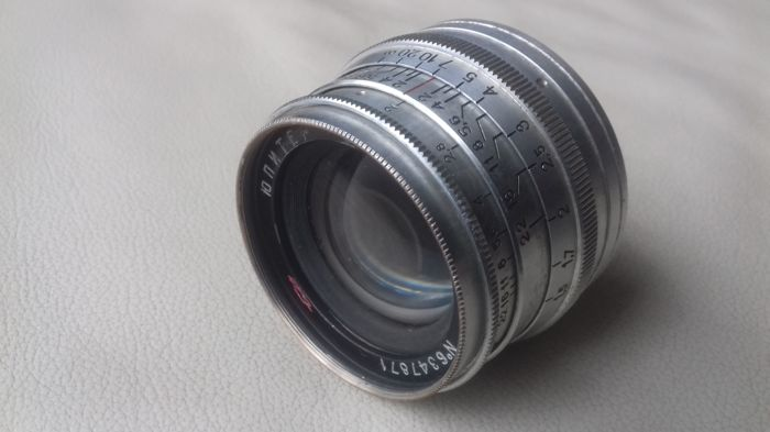Russian lens Hunter - 8 2/50 mm M39 threads (Leica)