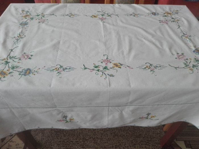 A Beautiful Hand Embroidered Tablecloth Hand Embroidery A Cross